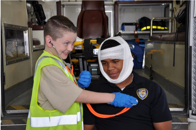 Child paramedic.png